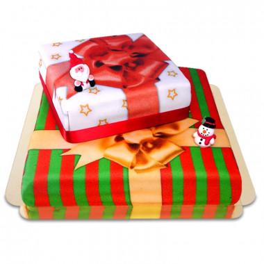 Tvåvånings jultårta med tomte & snögubbe av marsipan