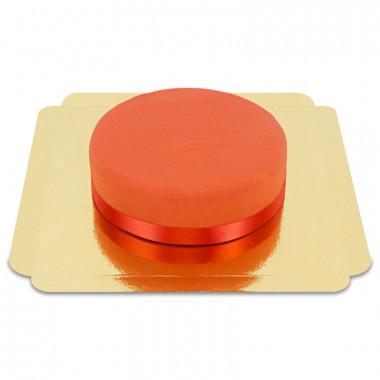 Röd tårta med tårtband
