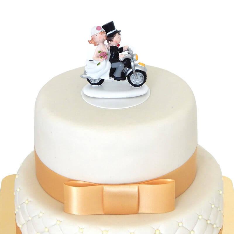 White Wedding z figurką