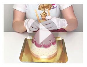 Barbie-Torte zusammenstellen nach Anlieferung