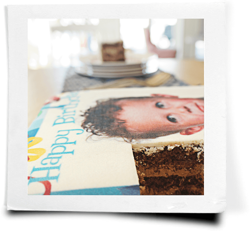 Skrift eller hälsning på tårtan